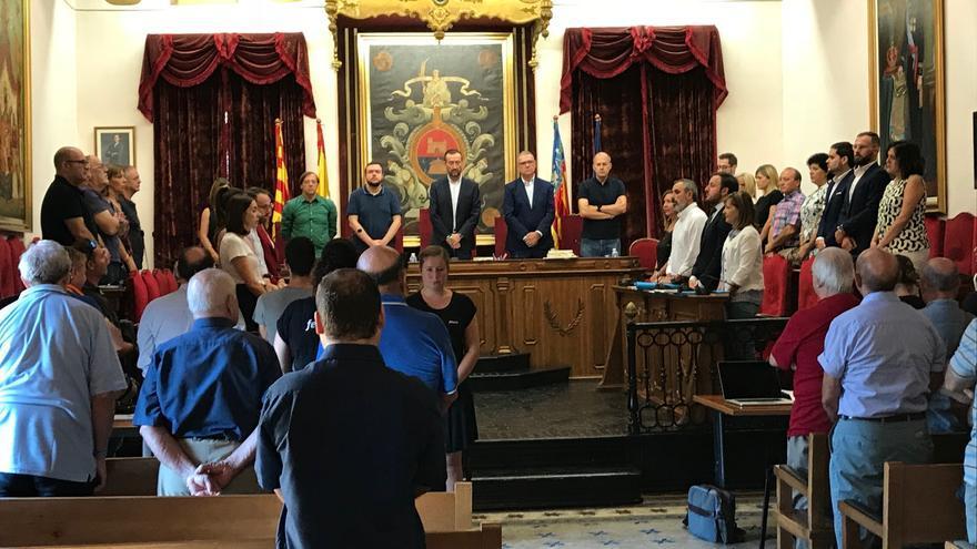 Un instante del pleno del Ayuntamiento de Elche