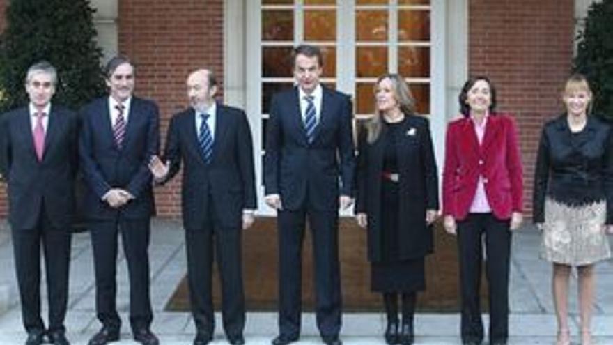 Foto de familia del nuevo gabinete.