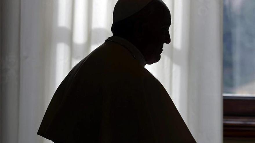 """El papa telefonea a una jubilada argentina que sufrió un secuestro """"virtual"""""""