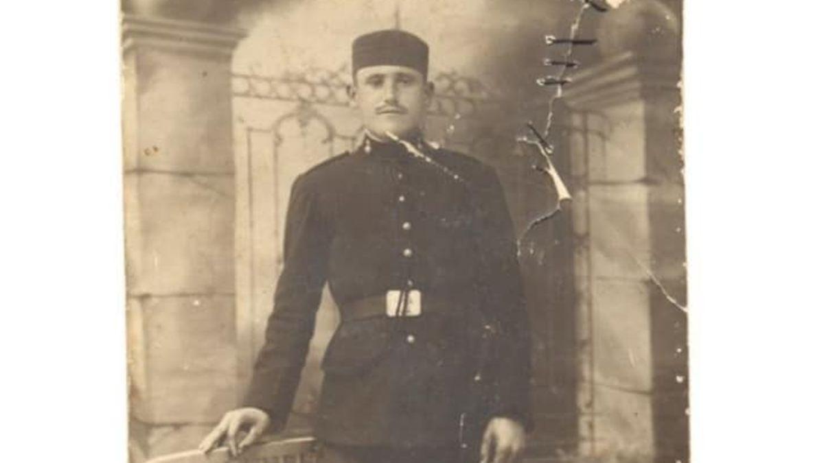 Antonio Manuel Moreno Palma, durante el servicio militar.