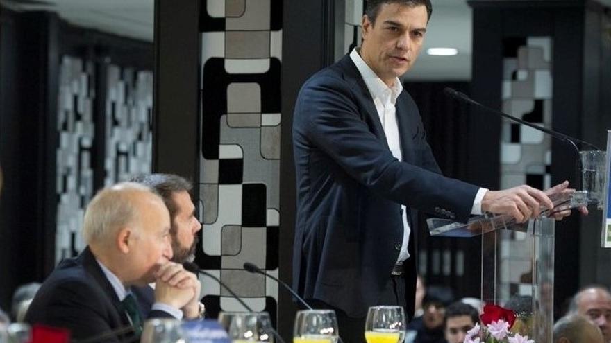 """Sánchez llama a sumar moderados y progresistas en el Estado, Cataluña y Euskadi para """"una nueva España autonómica"""""""