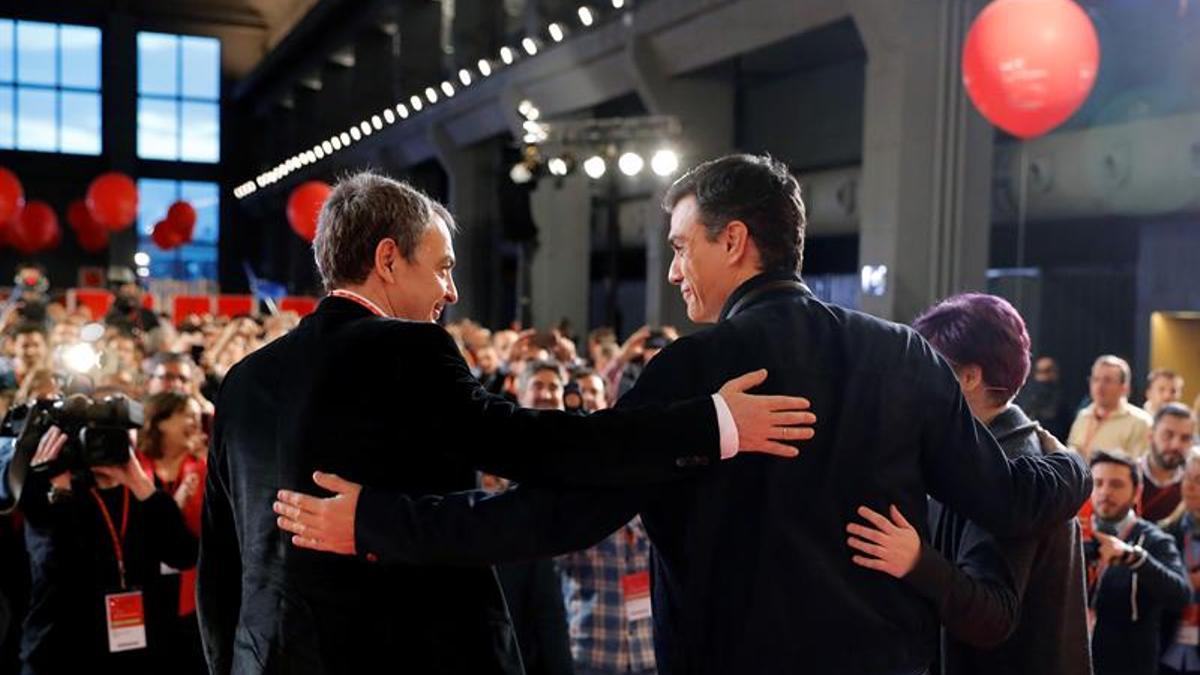 Sánchez y Zapatero, durante un acto de campaña del PSOE