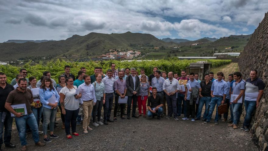 Encuentro de jóvenes dedicados al sector primario  de Canarias con el presidente del Gobierno regional.