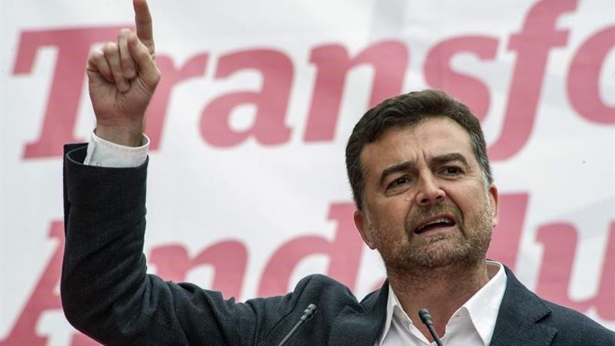 Maíllo suspende temporalmente su agenda de campaña tras quedar hospitalizado por un trastorno digestivo