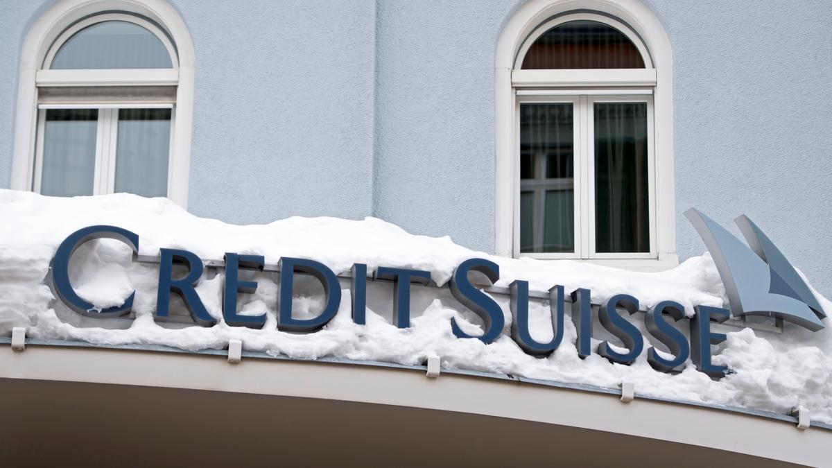 Vista del logo del banco Credit Suisse. EFE/Laurent Gillieron/Archivo