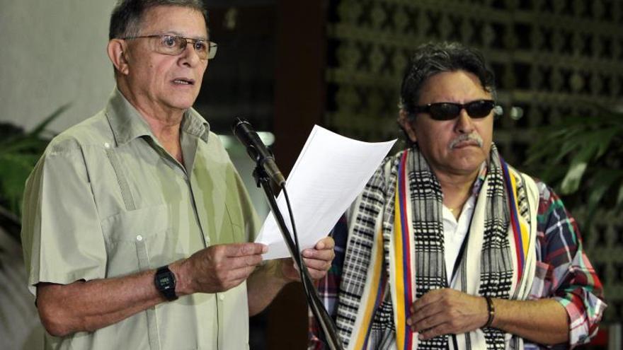 Las FARC instan a Santos a oponerse a la destitución del alcalde de Bogotá