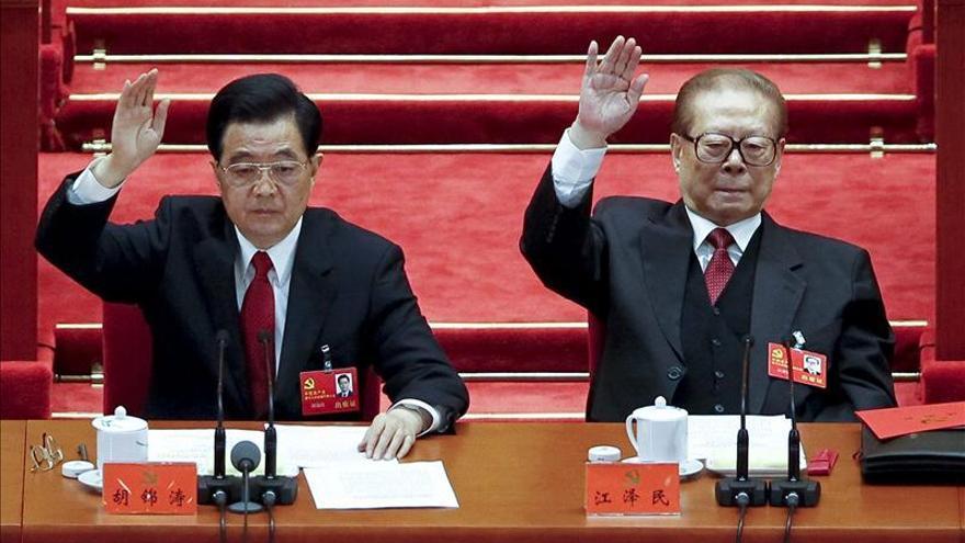 El expresidente Jiang pierde puestos por primera vez en la nomenclatura china