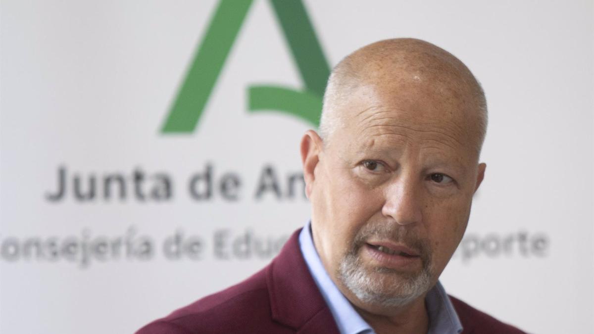 El consejero de Educación Javier Imbroda