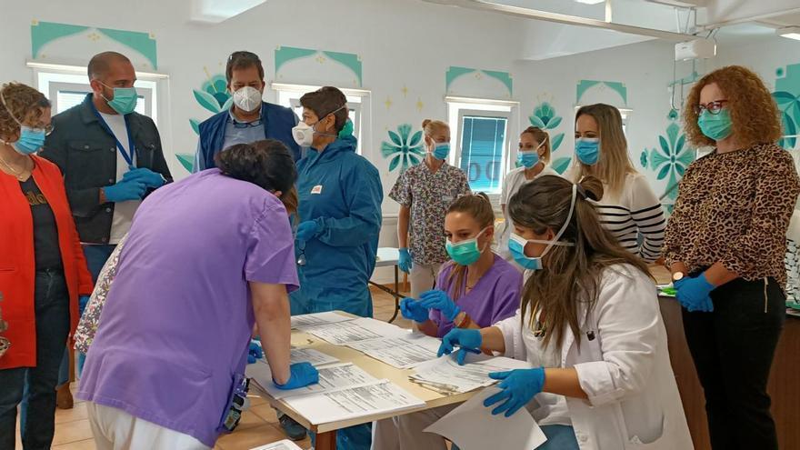 Realizan un nuevo cribado de Covid-19 entre pacientes y trabajadores del Hospital de Dolores