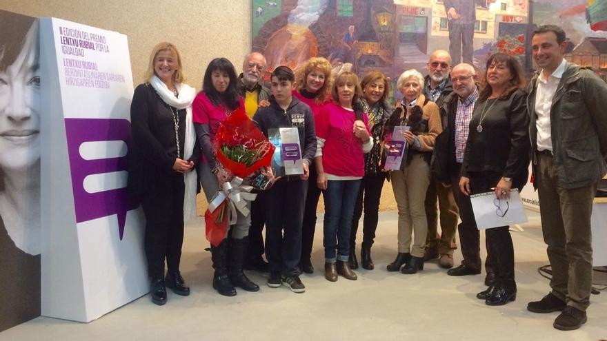 Yolanda Toquero y la Asociación Goiztiri reciben el III Premio Lentxu Rubial por la Igualdad