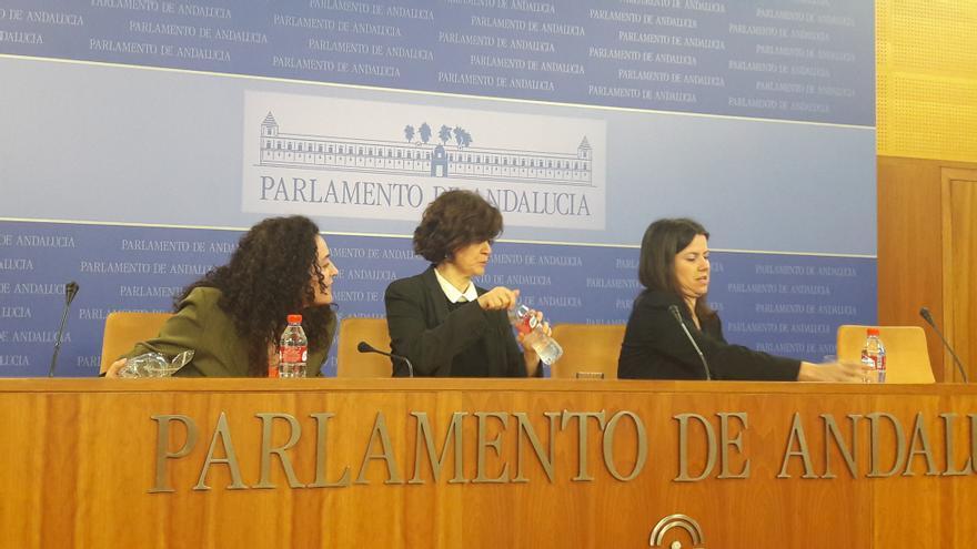 Inmaculada Nieto, Esperanza Gómez y Ana Vanessa García.