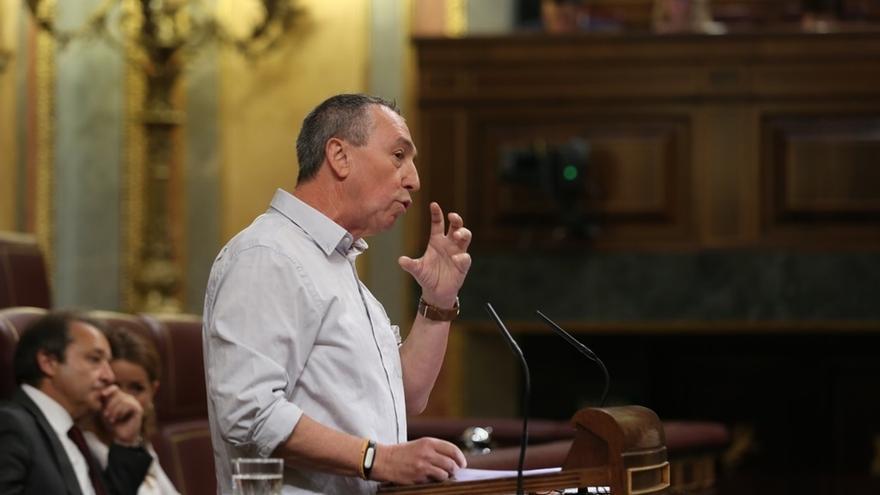 """Compromís pide un debate extraordinario en el Congreso sobre la """"represión"""" contra el referéndum"""