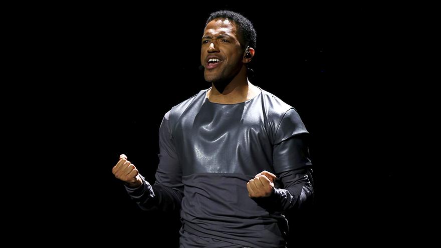 Cesar Sampson, en un ensayo de Eurovisión 2018