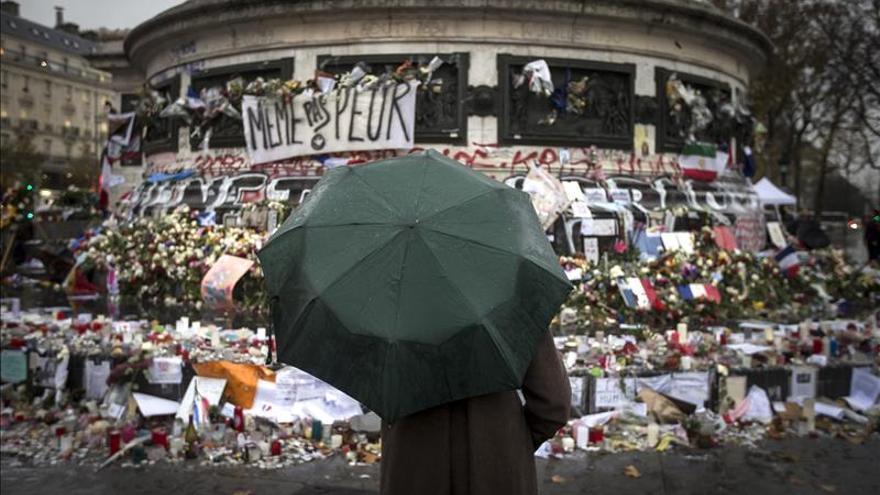 Quedan 26 heridos graves tras los atentados de París