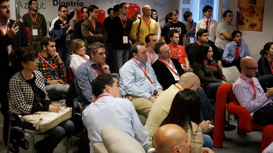Asistentes a una presentación de proyectos en Ideateca (Imagen: Ideateca | Facebook)