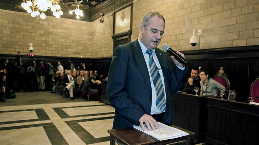 """El alcalde de Girona descarta dimitir y puntualiza que no es un """"pesetero"""""""