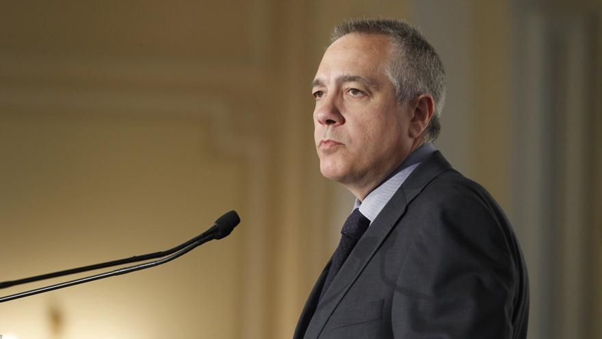 """Pere Navarro pide al Gobierno de Artur Mas """"dejar de hacer el ridículo"""" en Bruselas y trabajar por la ciudadanía"""