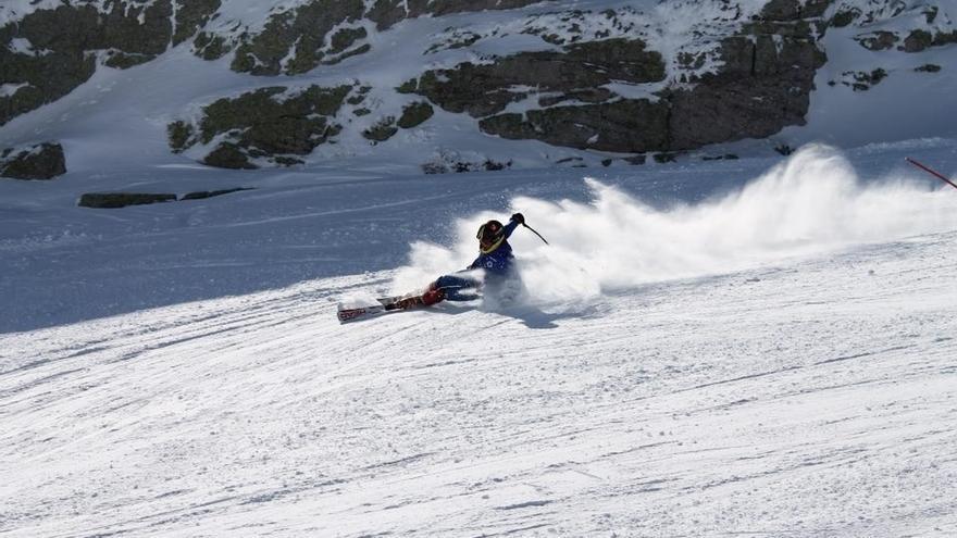 Los cañones de nieve de Alto Campoo están preparados para funcionar cuando las temperaturas bajen de cero grados
