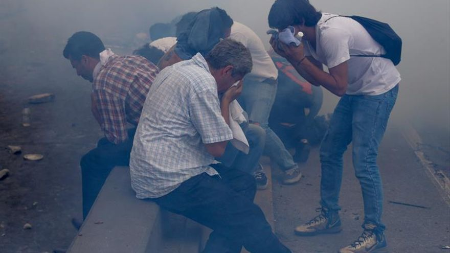 ONG dice que la Policía venezolana intimida a manifestantes a través de Twitter