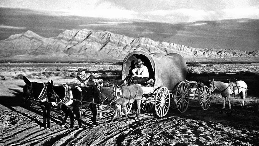 Caravanas de pioneros. (DP)