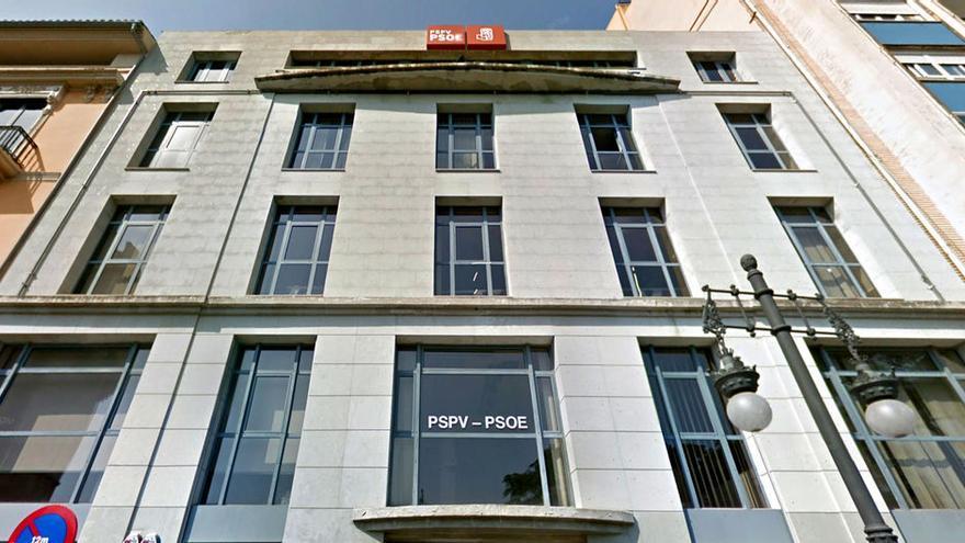 El edificio que acoge la sede del PSPV en la calle Blanqueries de Valencia