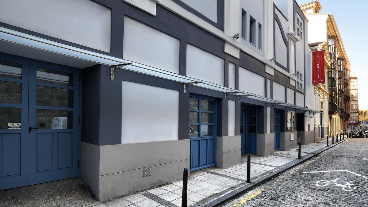 Exterior de la Filmoteca de Cantabria en la calle Bonifaz.