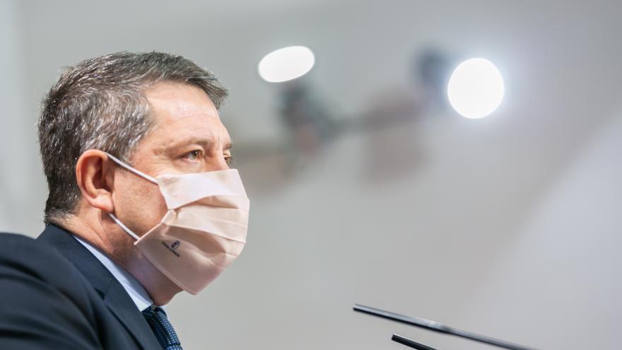 """Page evita polemizar por los políticos que se adelantan al protocolo para vacunarse: """"No es un drama"""""""
