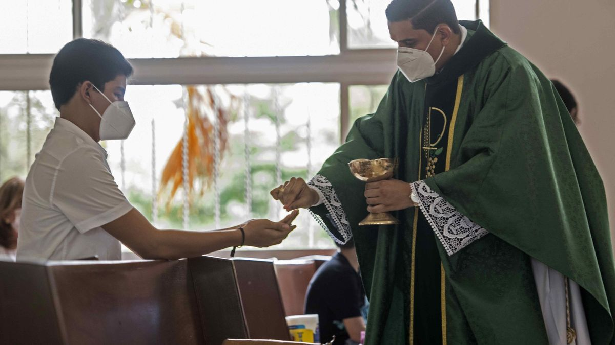 Extremadura amplía al 40% el aforo en los lugares de culto hasta el 10 de enero