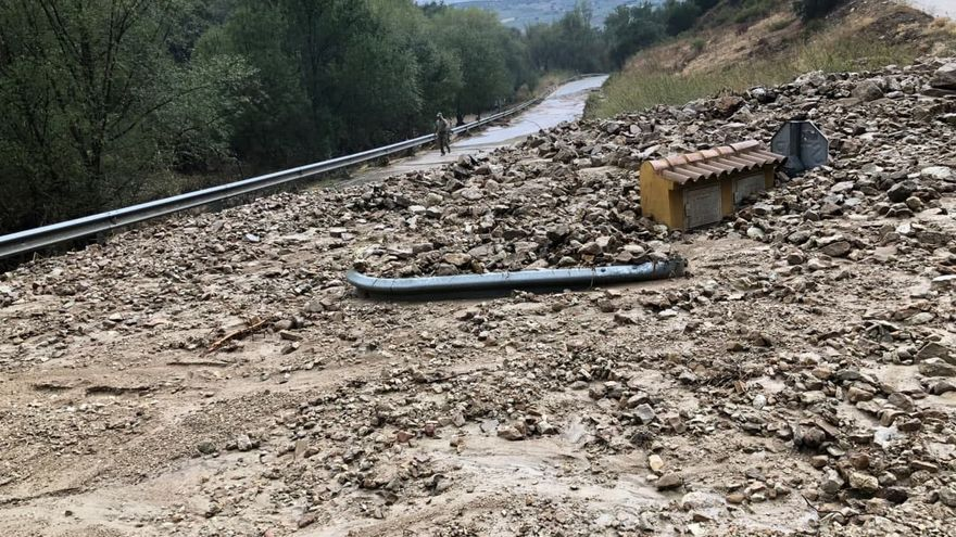 Una intensa tromba de agua y granizo causa inundaciones en varios pueblos de la provincia de Granada