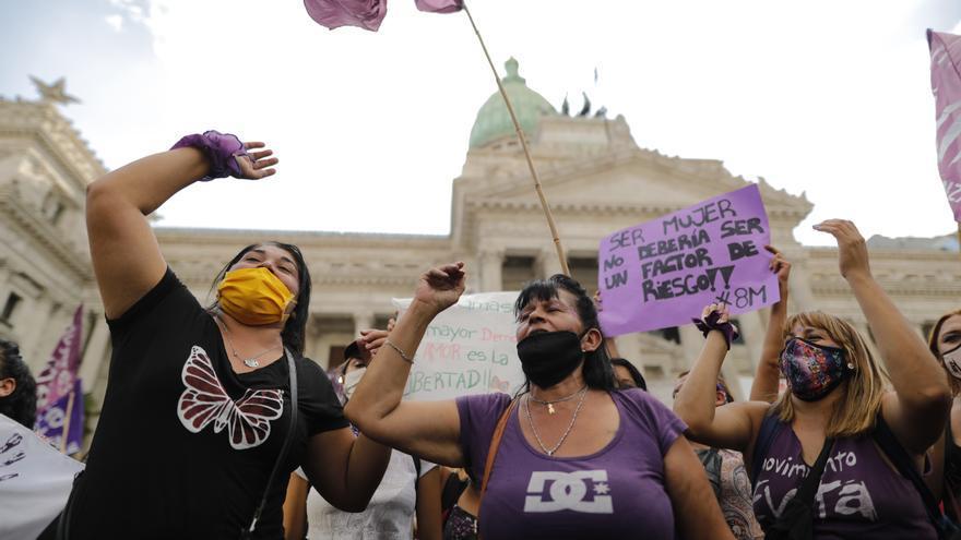 Argentina reporta un feminicidio cada 39 horas en el primer cuatrimestre del año