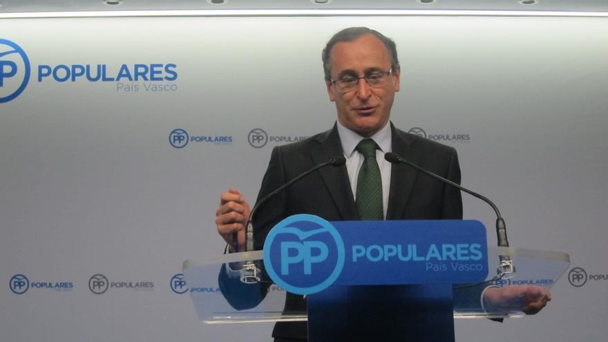 "Alonso (PP) acusa al PSE de ""entregarse"" al PNV con un pacto que ""en ningún momento"" llama a ETA organización terrorista"