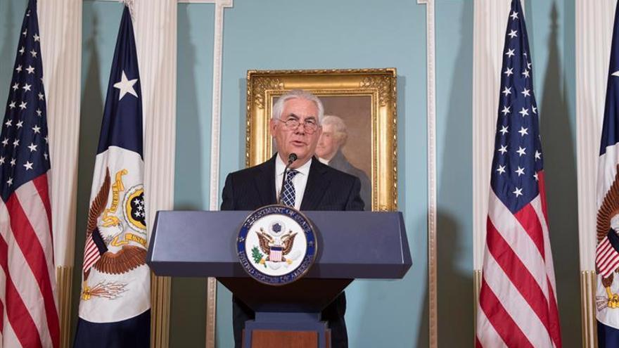 """EE.UU. critica a sus aliados por la represión religiosa y deplora el """"genocidio"""" de EI"""