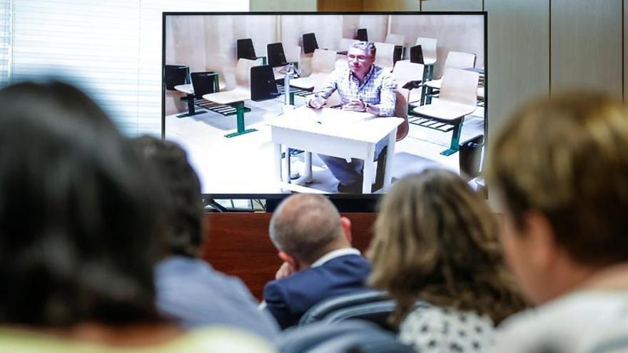 """Granados tras dar 360.000 euros a Marjaliza: """"No lo he contado, tú tienes máquina"""""""
