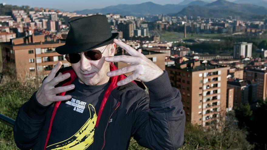 Francis Díez, vocalista de la banda Doctor Deseo.
