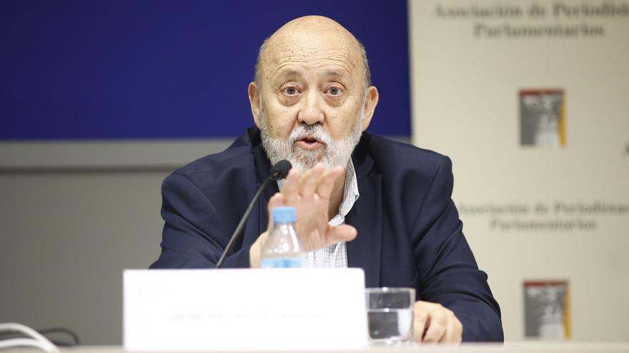 Tezanos cree que PP y Ciudadanos deberían apoyar los presupuestos de Sánchez además de facilitarle la investidura