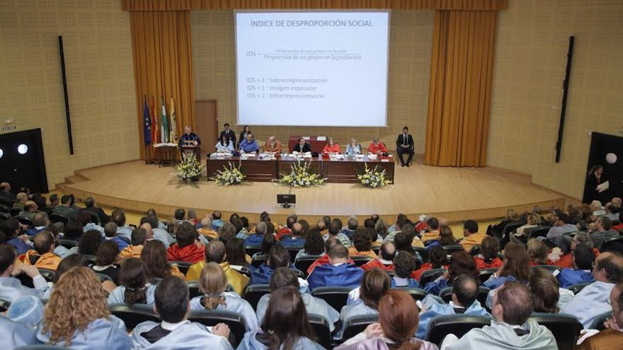 Lección inaugural de la Universidad Pablo de Olavide impartida por el sociólogo Xavier Coller