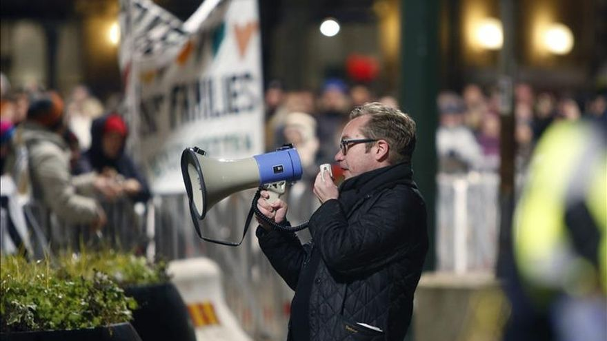 Una contramanifestación acalla la primera concentración de Pegida en Suecia