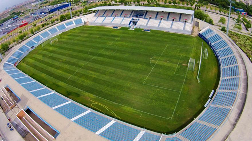 El Tenerife y Las Palmas eligen Butarque y Santo Domingo como estadios alternativos
