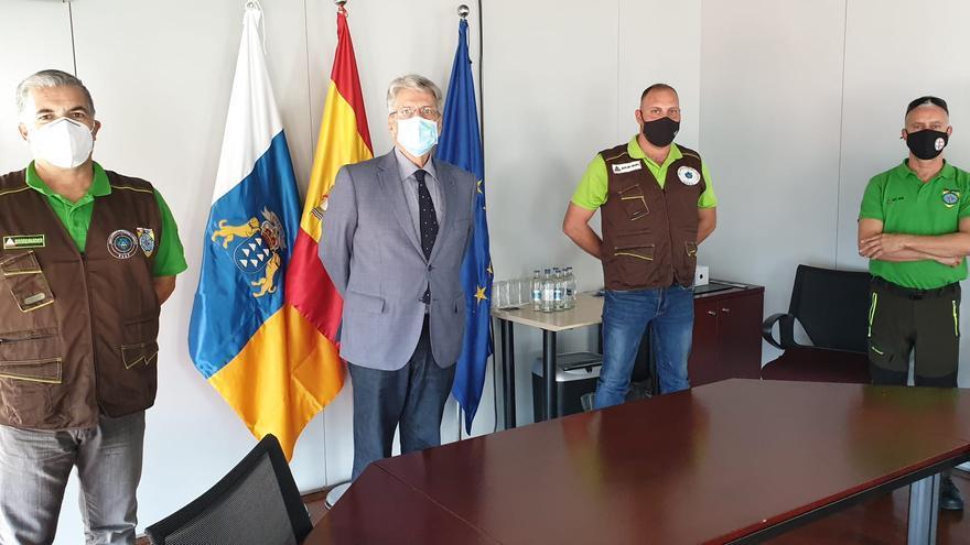 Julio Pérez señala que los voluntarios reconocidos y organizados pueden mejorar la eficacia de los rescates