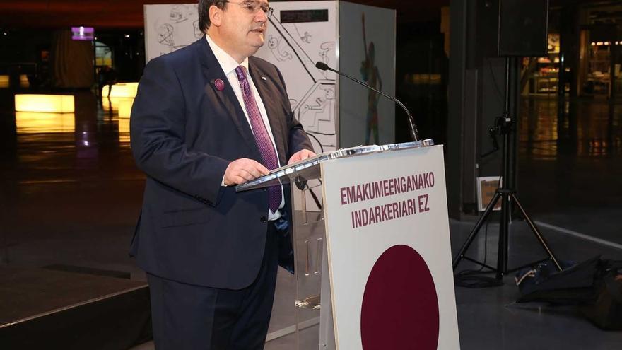 Ayuntamiento de Bilbao realiza una declaración institucional participativa y abierta contra la violencia hacia la mujer