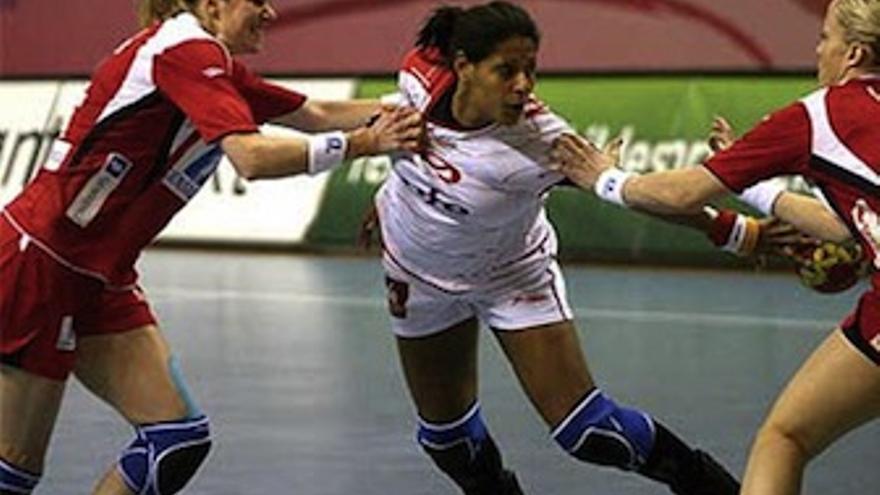 La jugadora canaria participará en sus segundos Juegos Olímpicos. (rfebm.net)