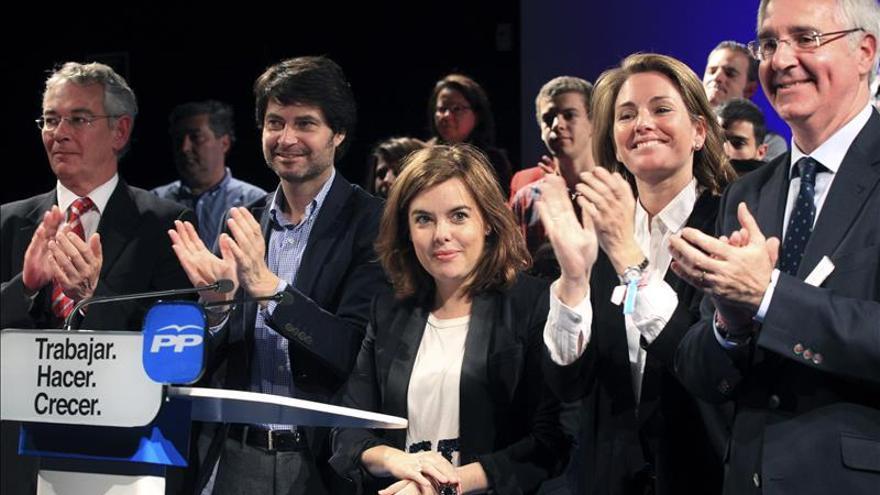 S.de Santamaría: Diferencia del PP es que no tiene miedo a ETA ni a la crisis