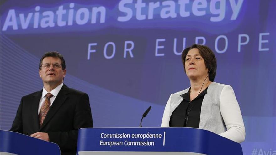 La UE propone nuevas oportunidades de negocio que impulsen al sector aéreo