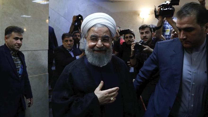 """Rohaní: Los iraníes no elegirán a los que """"sólo saben ejecutar o encarcelar"""""""