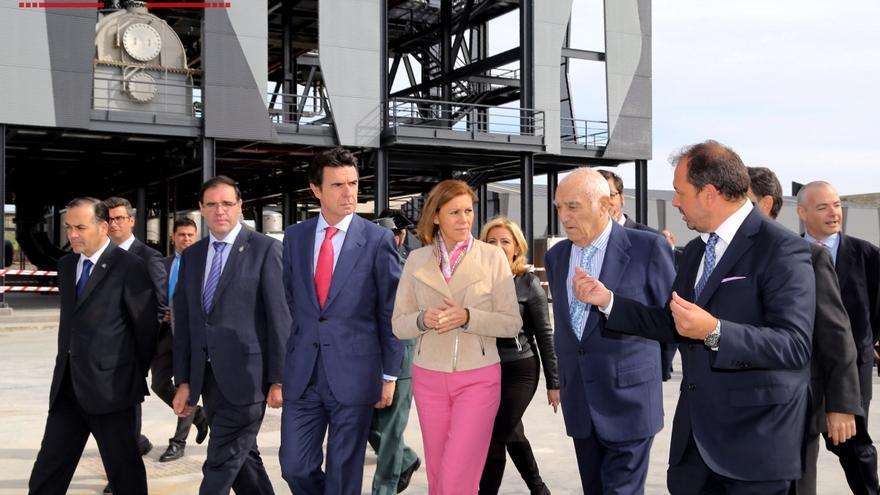 Cospedal y Soria visitan la planta de biomasa de Barajas de Melo / Las Noticias de Cuenca