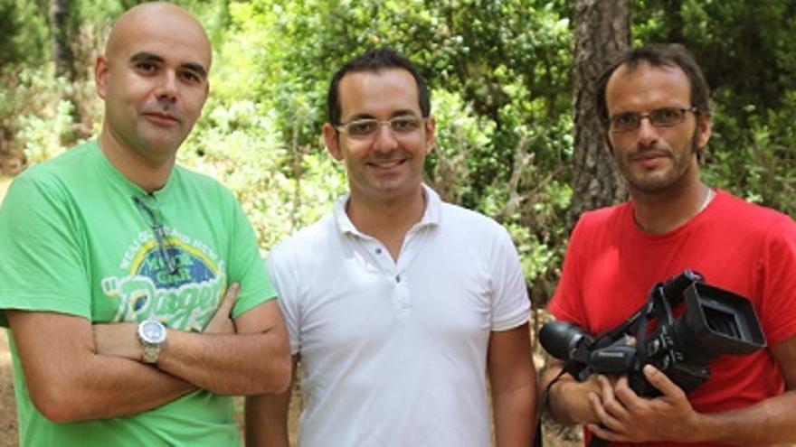 Alberto Cartagena, Dimas Pérez y Sergio Taño, miembros del equipo de Drago Azul TV.
