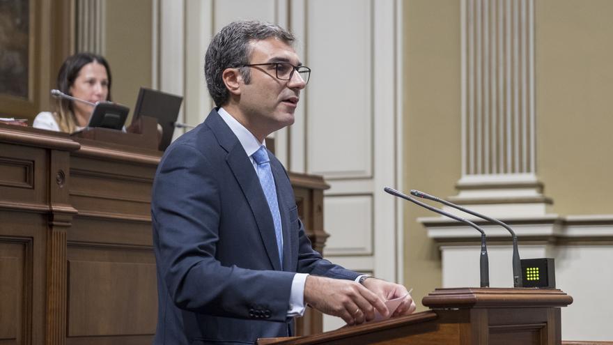 Zacarías Gómez en una intervención parlamentaria.
