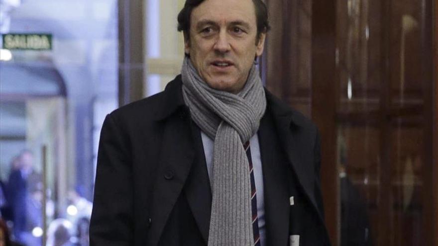 """Rafael Hernando arremete contra Sánchez y Podemos y subraya la """"honradez"""" del PP"""