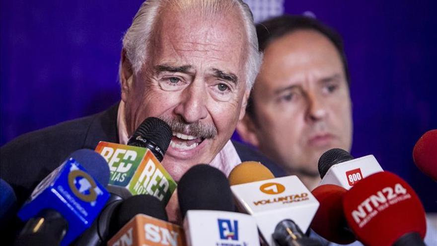 Pastrana dice que no lo dejaron visitar al opositor preso venezolano Ceballos