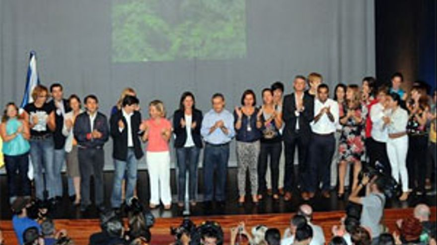 El presidente del Gobierno de Canarias, Paulino Rivero, durante un acto sobre Igualdad organizado por los nacionalistas tinerfeños.